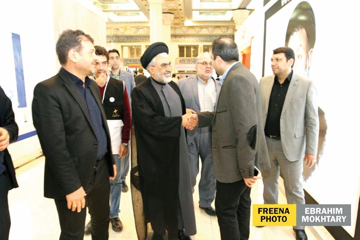 نمایشگاه مطبوعات و بازدید وزیر ارتباطات