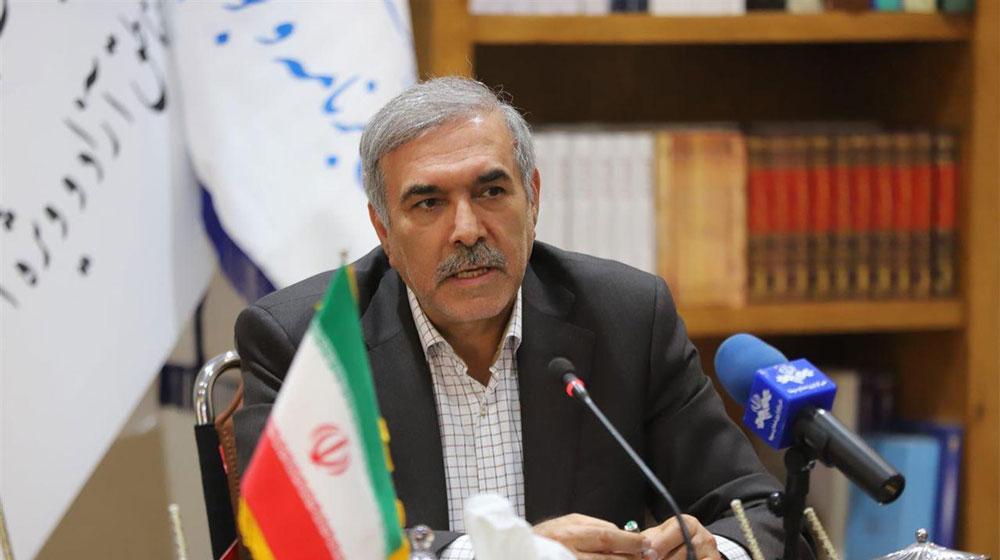 دبیر شورایعالی مناطق آزاد و ویژه اقتصادی بیان داشت: کنترل کالاها در مبادی ورودی و خروجی مناطق آزاد با تعامل و همکاری با گمرک ایران انجام می شود