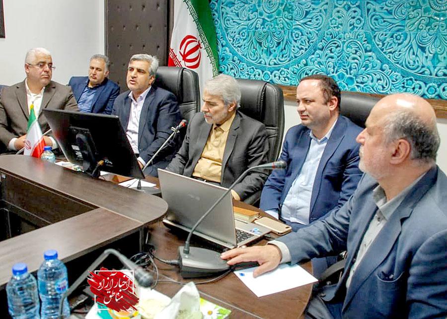مدیرعامل سازمان منطقه آزاد انزلی تاکید کرد: افزایش مزیتهای کریدور چین-قزاقستان-ایران، با اتصال راهآهن به بندر کاسپین